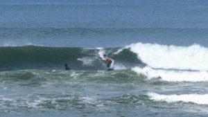 natalies_surfing_bali_04